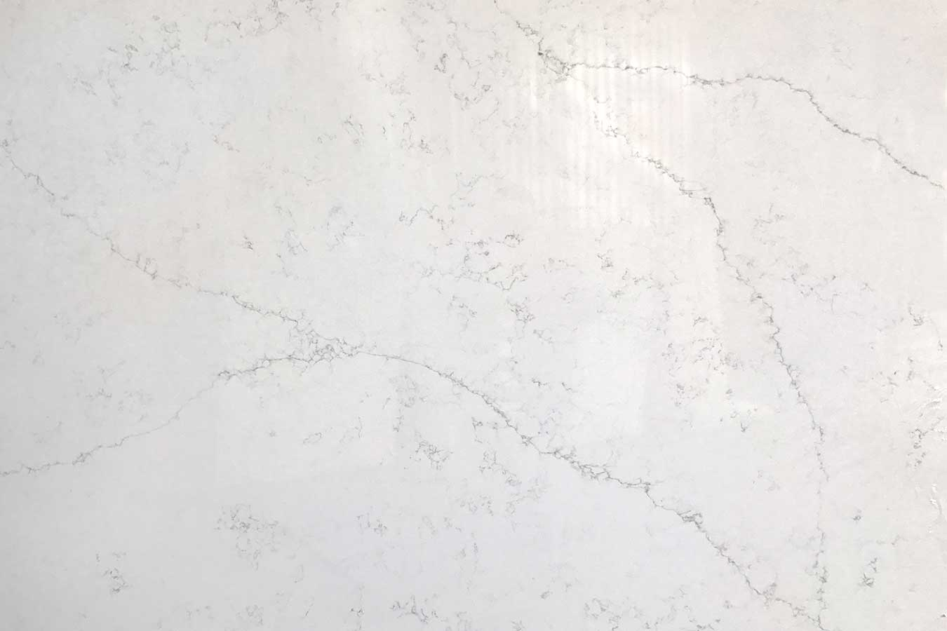 Calcutta Latina Quartz slab