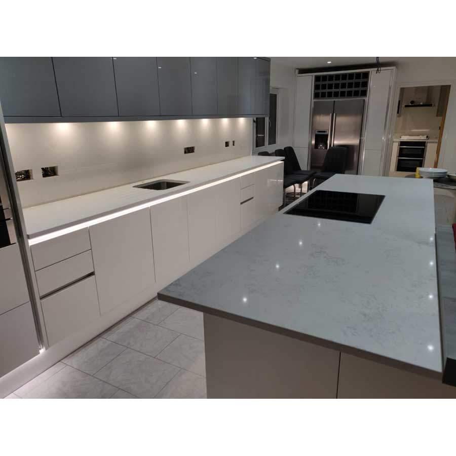 Santorini quartz kitchen worktop